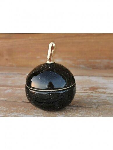 """Keramikos dėžutė """"Auksuotas juodas obuoliukas"""" 3"""