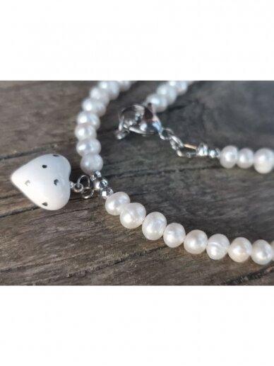 Perlų vėrinys su širdele 3